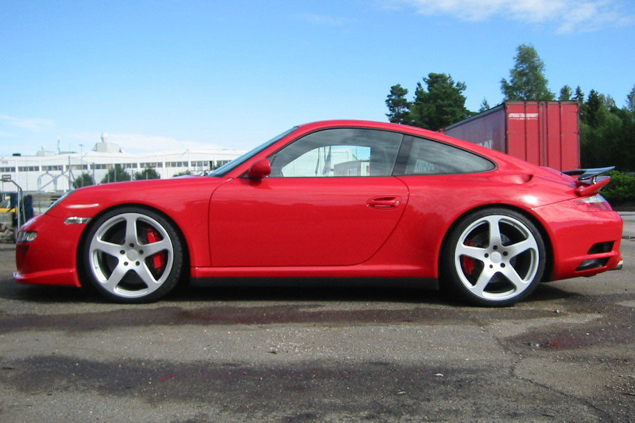 1 St Pictures Red Ruf Rt12 With 20 Quot Ctr3 Wheels